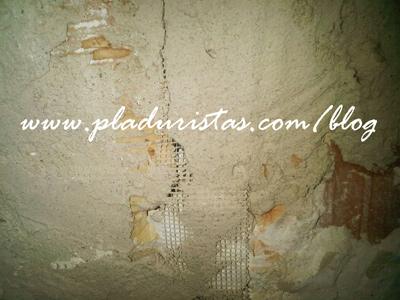 Pegado de la malla de Plástico para reparar la fisura de la pared