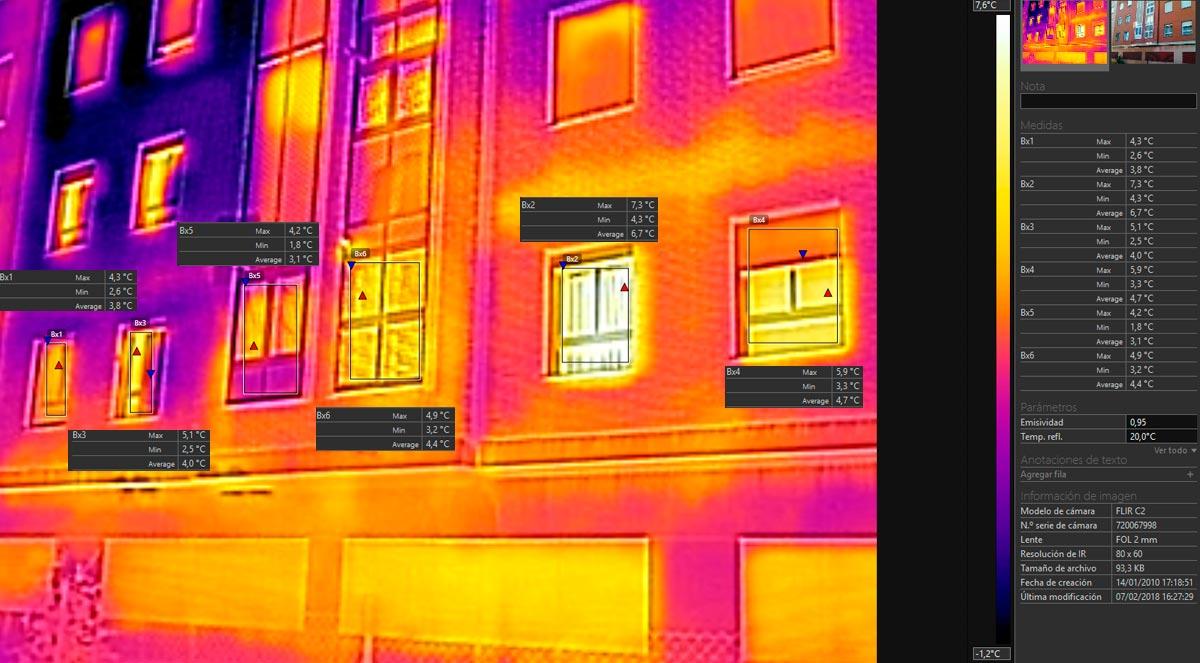 Foto de las diferencias térmicas de un piso con ventanas RPT y cristal bajo emisivo comparado con otro piso no aislado