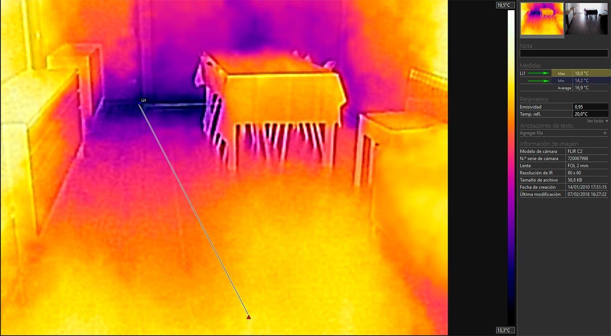 Foto térmica del puente térmico de la losa de hormigón del comedor